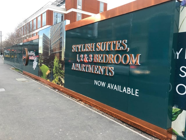 How to Make Hoarding Signage Stand Out